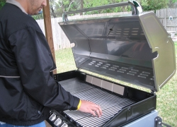 4 of the Best Gas Grills Review Videos